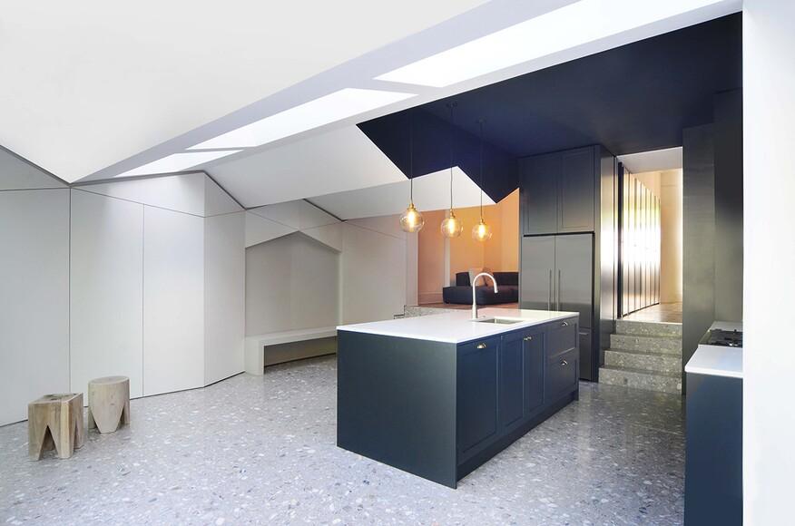 folds architect magazine bureau de change london england single family addition. Black Bedroom Furniture Sets. Home Design Ideas