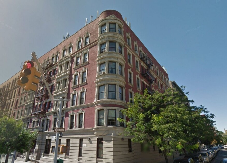 Fabulous Affordability Preserved On New York City Apartments Housing Home Interior And Landscaping Oversignezvosmurscom