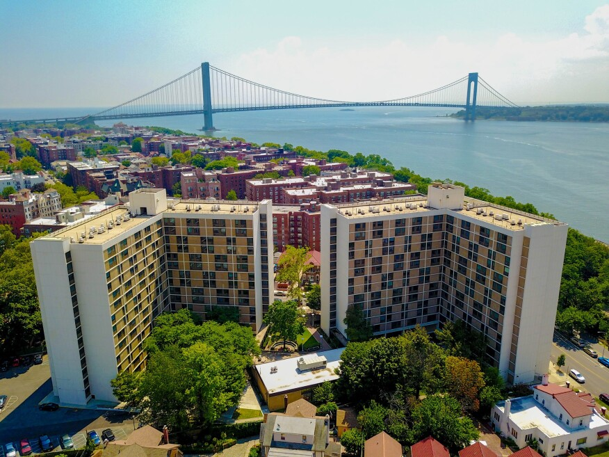 New York-based Jonathan Rose Cos. netted a 26% reduction in water use by installing low-flow toilets, faucets and showerheads at Shore Hill in Brooklyn.