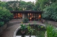 Frank Lloyd Wright–Designed House Hits Kansas City Market