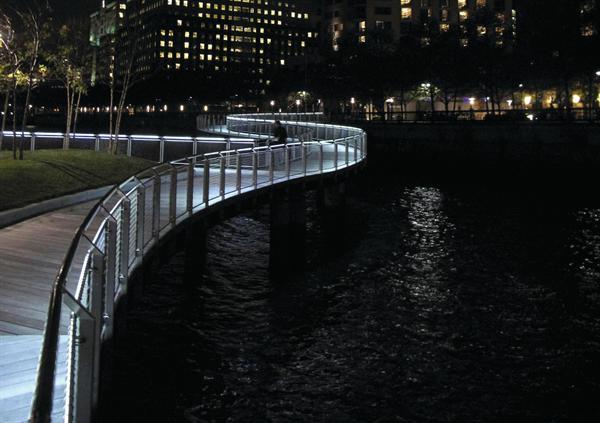 Led Handrail System Architect Magazine James Carpenter