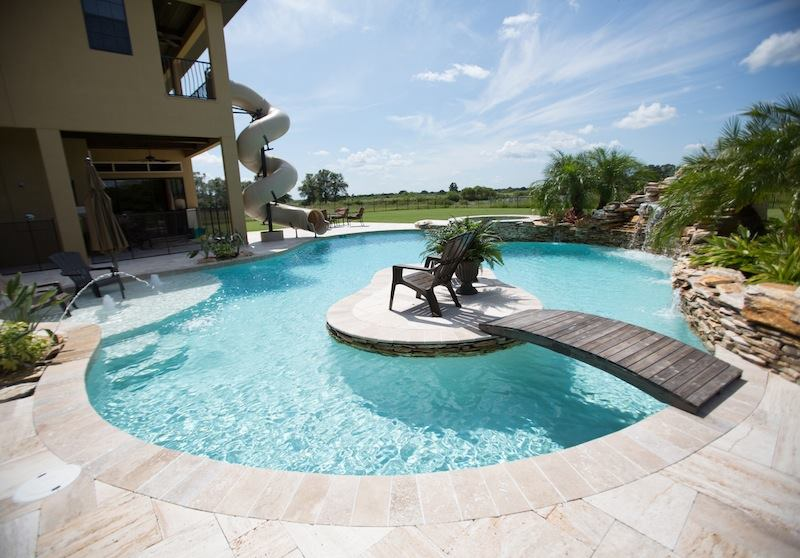Tampa bay pools pool spa news award winners for Pool design tampa
