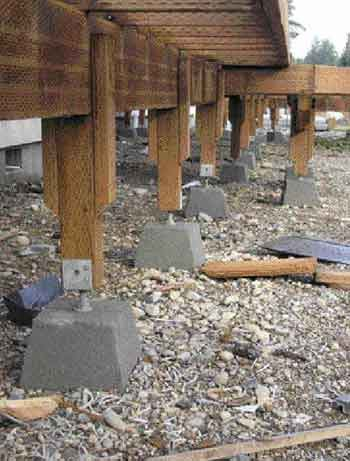 Footings From New England To California Builders Across The Land Reveal Their Tricks Supporting Decks Professional Deck Builder Design