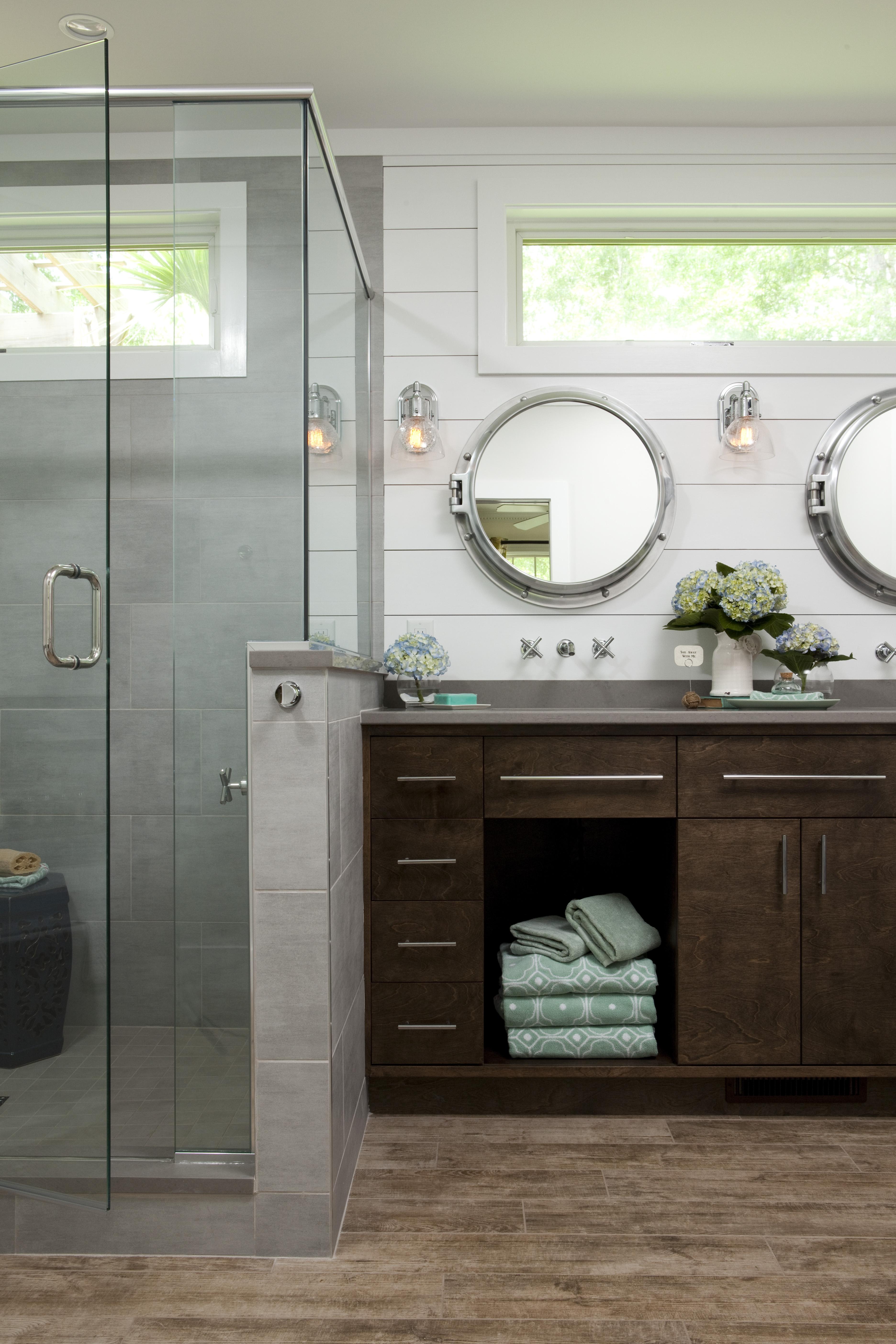 Nautical Master Bathroom Maximizes Its Tub Space Remodeling