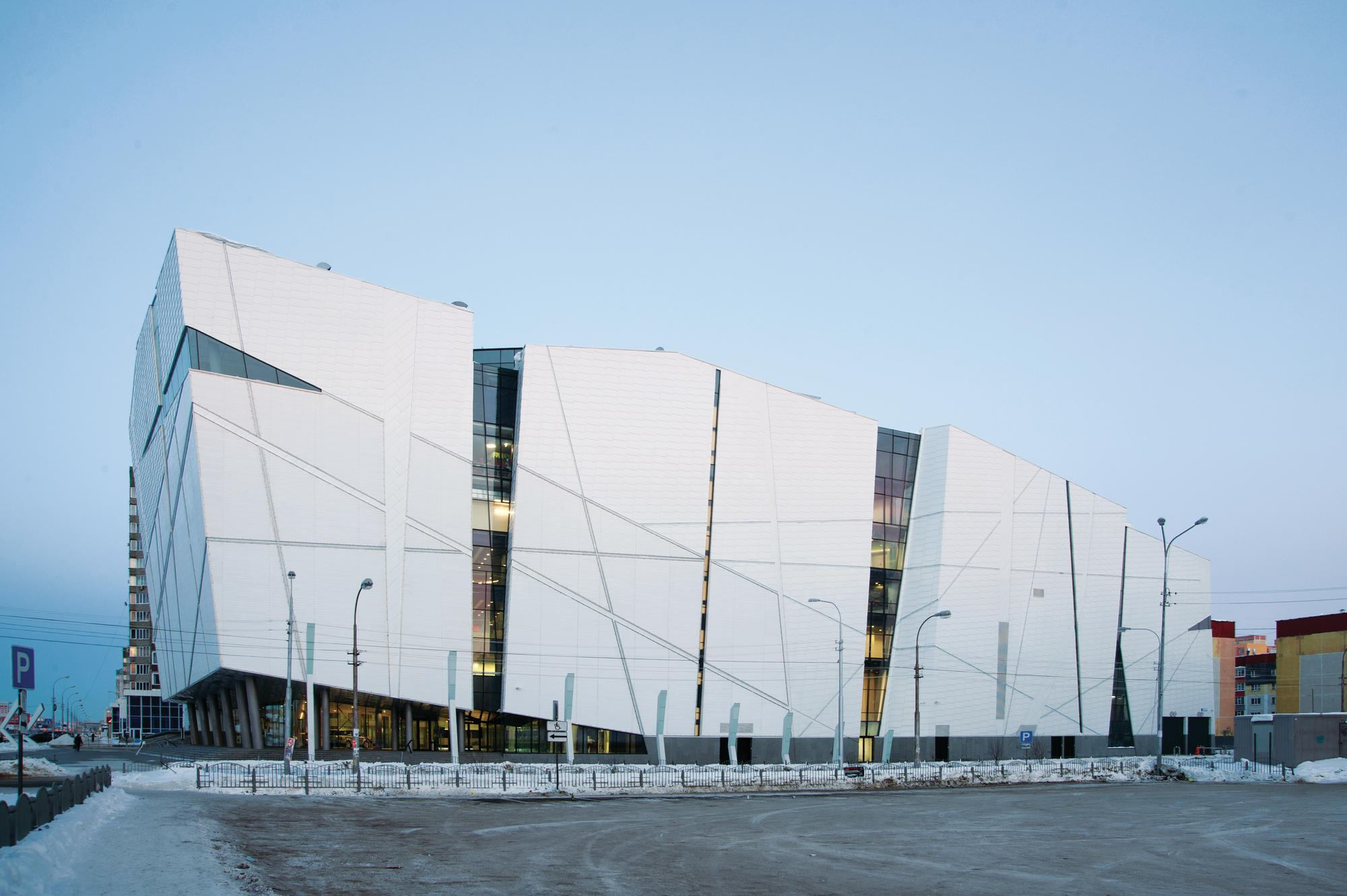 Vershina Trade And Entertainment Centre | Architect Magazine | Retail  Projects, Lighting, Urban Development, Architects, The Building Center