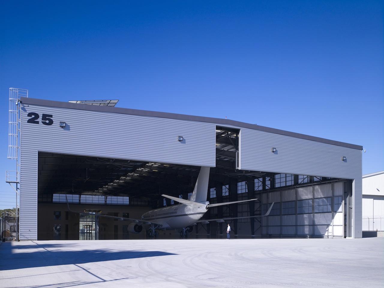 Hangar 25 At Bob Hope Airport Architect Magazine