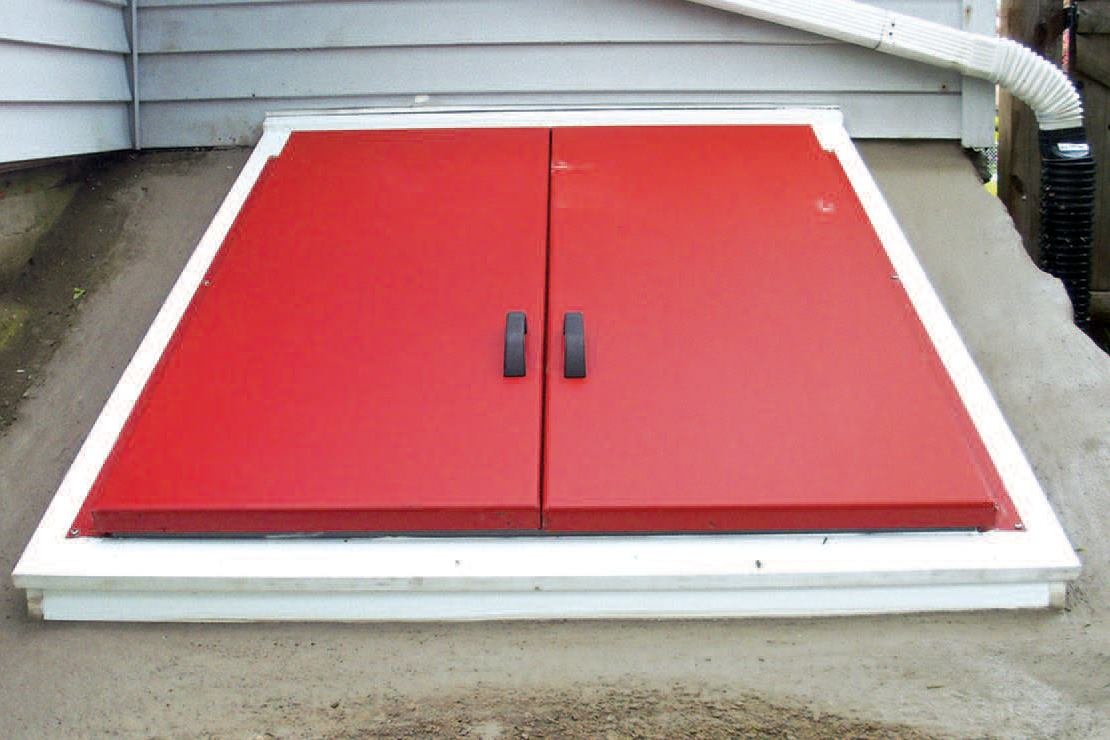 Replacing A Bulkhead Door Jlc Online