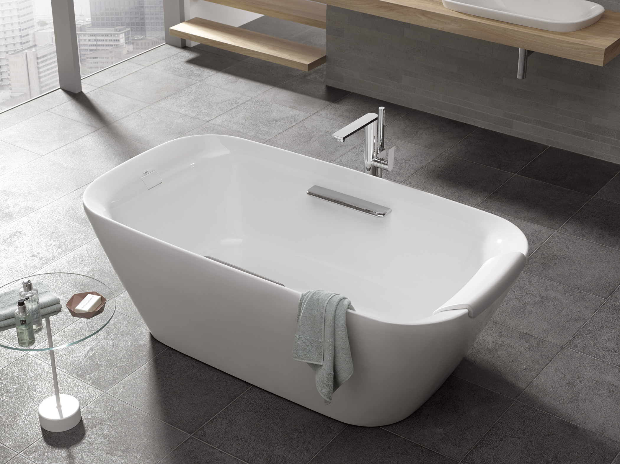 Toto S Neorest Suite Gains Freestanding Tub Custom Home
