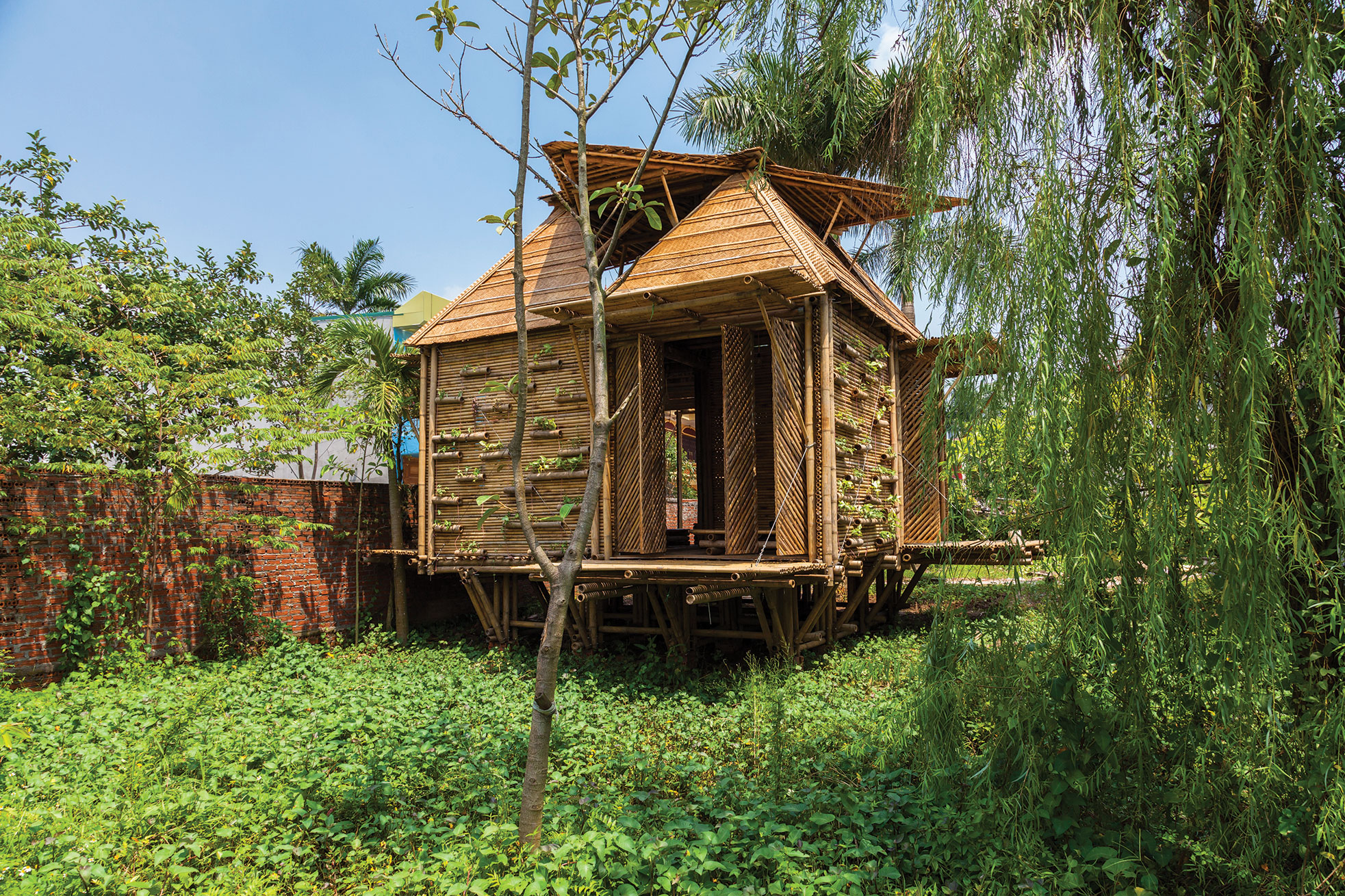 Nature Friendly Bamboo House Design: Honorable Mention: Blooming Bamboo House